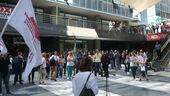 Από τη σημερινή απεργία στο κτίριο του RBU στη Λ. Μεσογείων