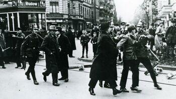 Από την επίθεση της αστυνομίας στο Βερολίνο