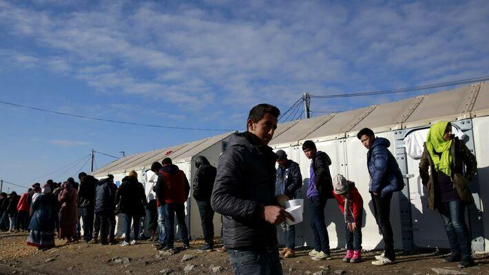Ουρές προσφύγων στην Ειδομένη (πηγή: ΑΡ)