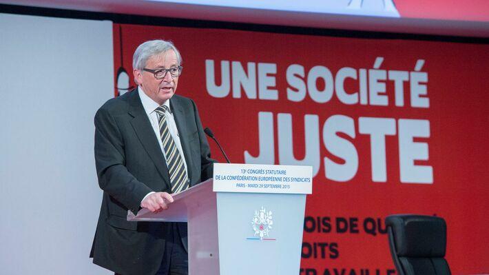 Ο πρόεδρος της Κομισιόν απευθύνεται στο συνέδριο των εργατοπατέρων της ΕΕ στο συνέδριό τους στο Παρίσι, τον περασμένο Σεπτέμβρη