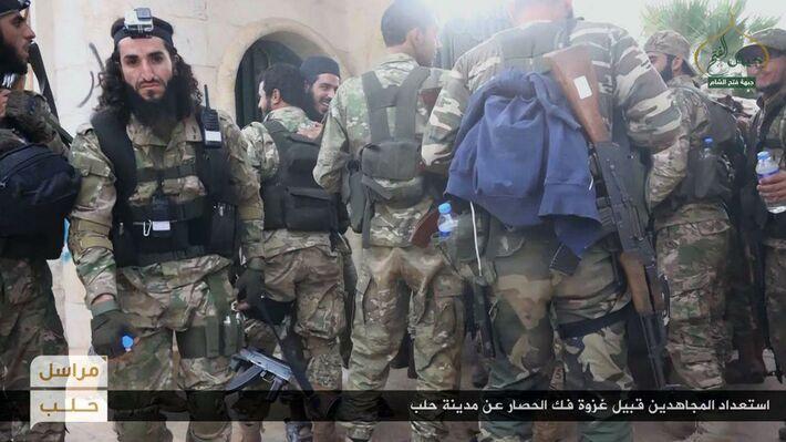 Αντικαθεστωτικοί στο Χαλέπι (πηγή: ΑΡ)