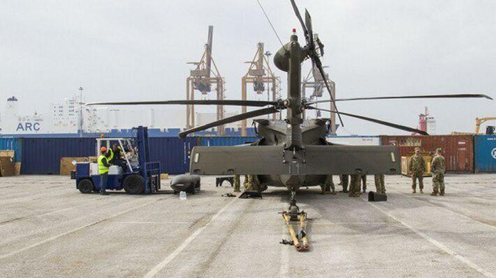 Από παλαιότερη εκφόρτωση ελικοπτέρων των ΗΠΑ στο λιμάνι της Θεσ/νίκης