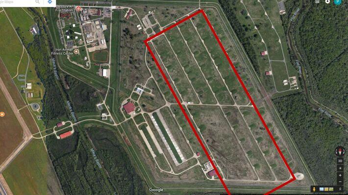 Οι εγκαταστάσεις στην βάση Barksdale (Πηγή: Google Earth)