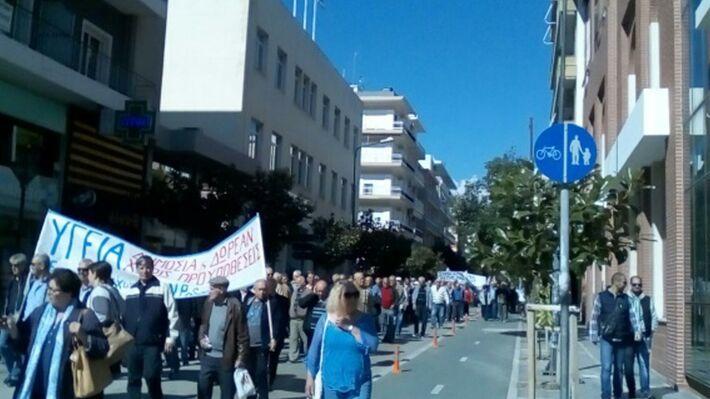Από τη μαζική πορεία των συνταξιούχων στην Αλεξανδρούπολη