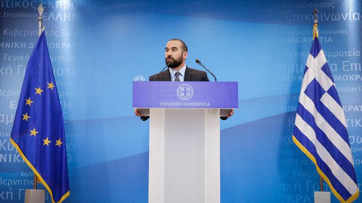 Δεν είναι σε ομηρία η κυβέρνηση - Θα εξετάσουμε την πρόταση Καμμένου για  180 βουλευτές  d827a528a89