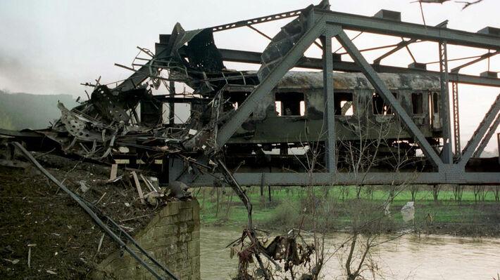 Από τους βομβαρδισμούς στην Γιουγκοσλαβία πριν από 20 χρόνια