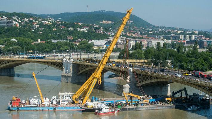 4cd9c58c58 Τέσσερις σοροί εντοπίστηκαν κατά την ανέλκυση του ναυαγίου από το Δούναβη