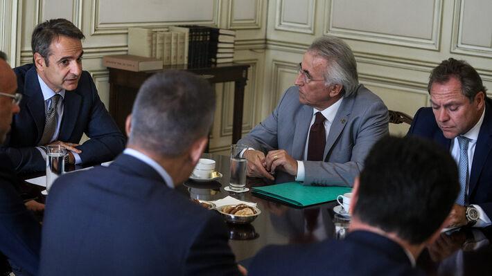 Από την συνάντηση του πρωθυπουργού με τους «κοινωνικούς εταίρους»