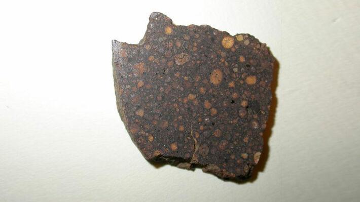 Τμήμα του μετεωρίτη «NWA 801» (Πηγή: Encyclopedia of meteorites/Don Edwards)
