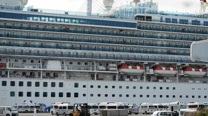Εντοπίστηκαν κρούσματα σε κρουαζιερόπλοιο, παρότι πλήρωμα και επιβάτες είχαν εμβολιαστεί