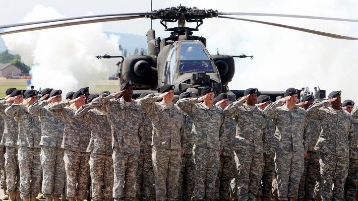 Στρατιώτες των ΗΠΑ σε αμερικανική βάση στη Γερμανία - Φωτό αρχείου
