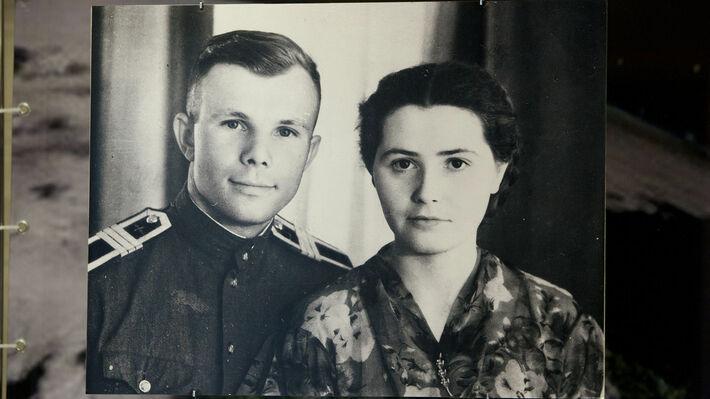 Με τη σύζυγό του Βάλια